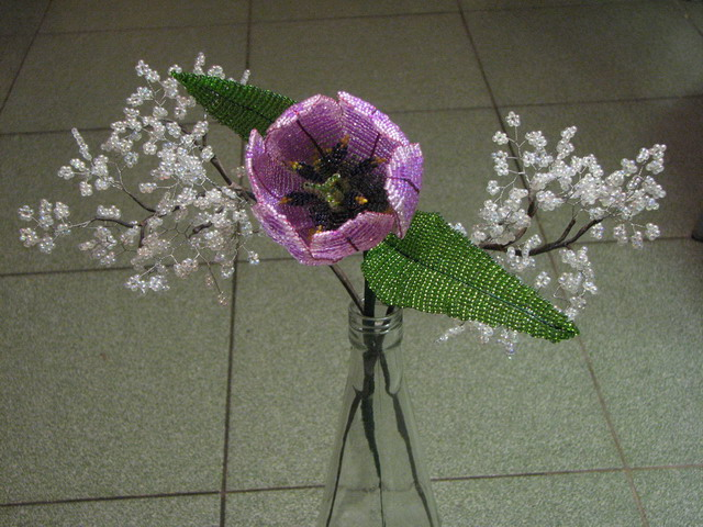 Цветы из бисера схема плетения.